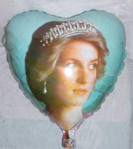 Prinzessin Diana Herz Folienballon - 45cm